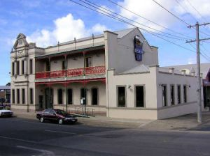 Mitchell River Tavern - Accommodation Brisbane