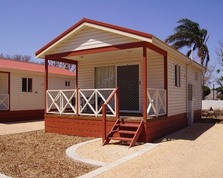 Outback Oasis Caravan Park - Accommodation Brisbane