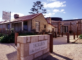 Hollick Winery And Restaurant