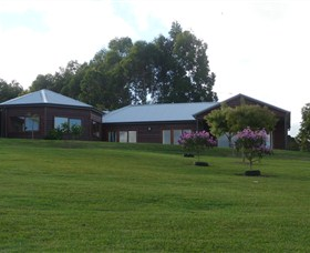 Roses Vineyard at Innes View - Accommodation Brisbane