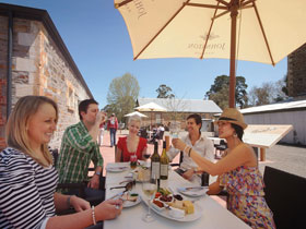 Johnston Oakbank Cellar Door