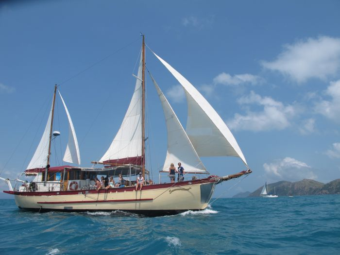 Adventure, Cruise, Dive and Outer Reef - Whitsundays Sailing Adventures