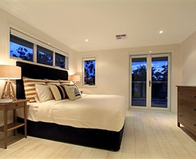 The Beach House Sanctuary Point - Accommodation Brisbane