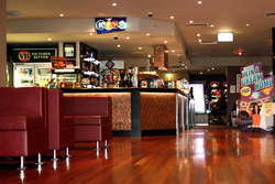 Leighoak Hotel - Accommodation Brisbane