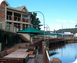 The Woodport Inn - Accommodation Brisbane