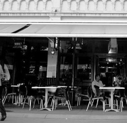 Benny's Bar  Cafe - Accommodation Brisbane