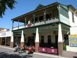 Shamrock Hotel Alexandra - Accommodation Brisbane