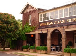 Burrawang Village Hotel - Accommodation Brisbane