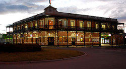 The Grand Terminus Hotel - Accommodation Brisbane