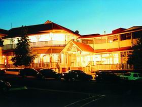 Loxton Community Hotel Motel - Accommodation Brisbane