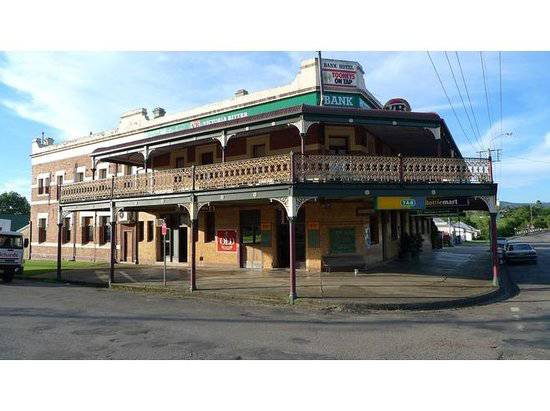 Bank Hotel Dungog - Accommodation Brisbane