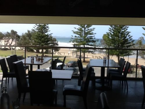 Fat Fish Beachfront Bistro - Accommodation Brisbane