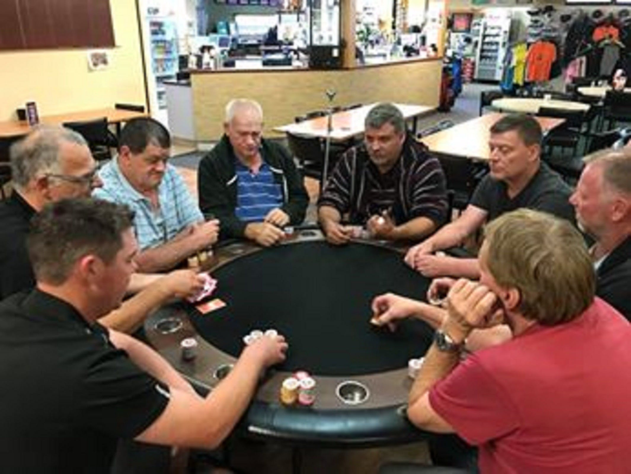 Numurkah Golf and Bowls Club - Poker Wednesday - Accommodation Brisbane
