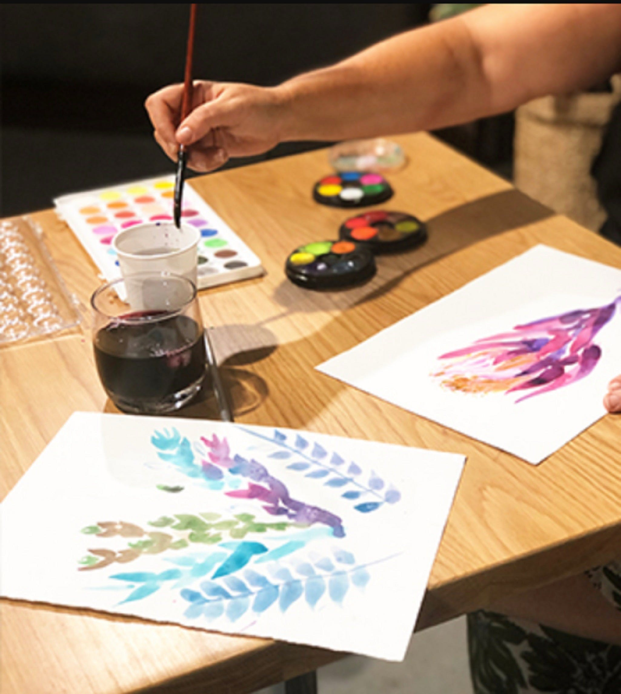 Paint and Sip Class Watercolour and Wine - Accommodation Brisbane