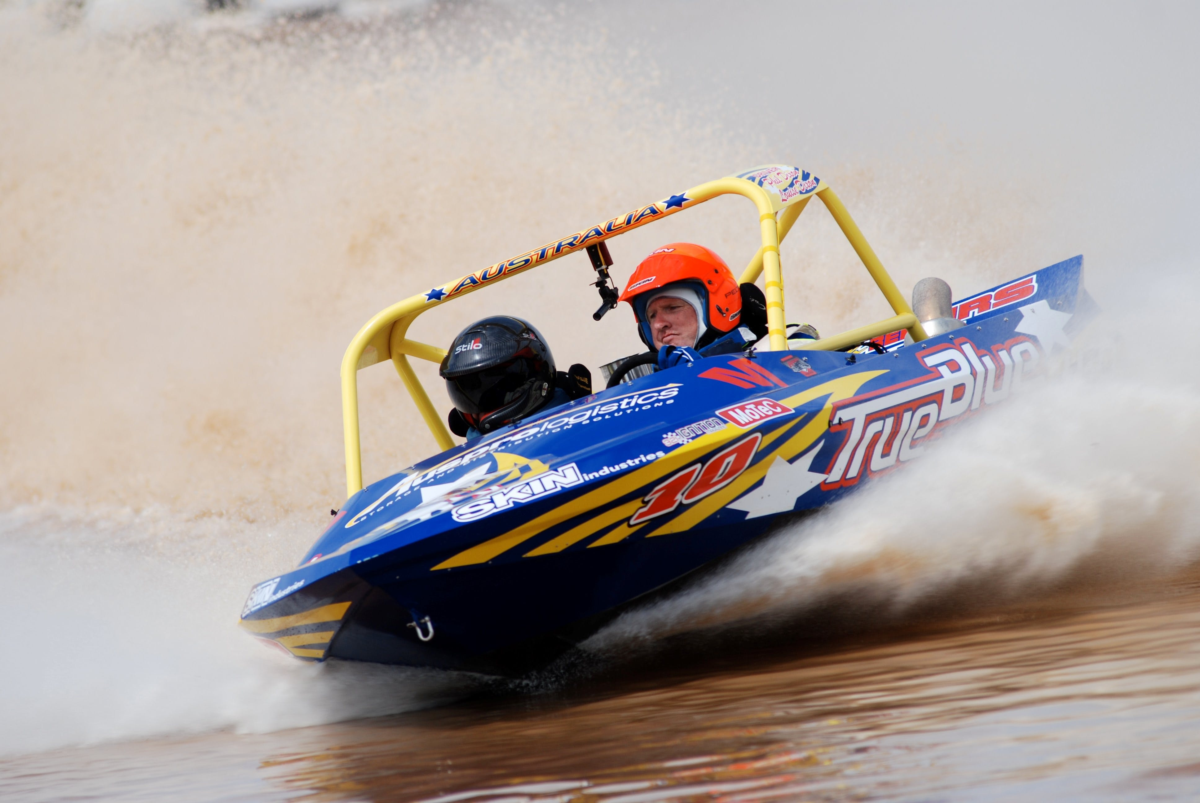 V8 Superboats - Accommodation Brisbane