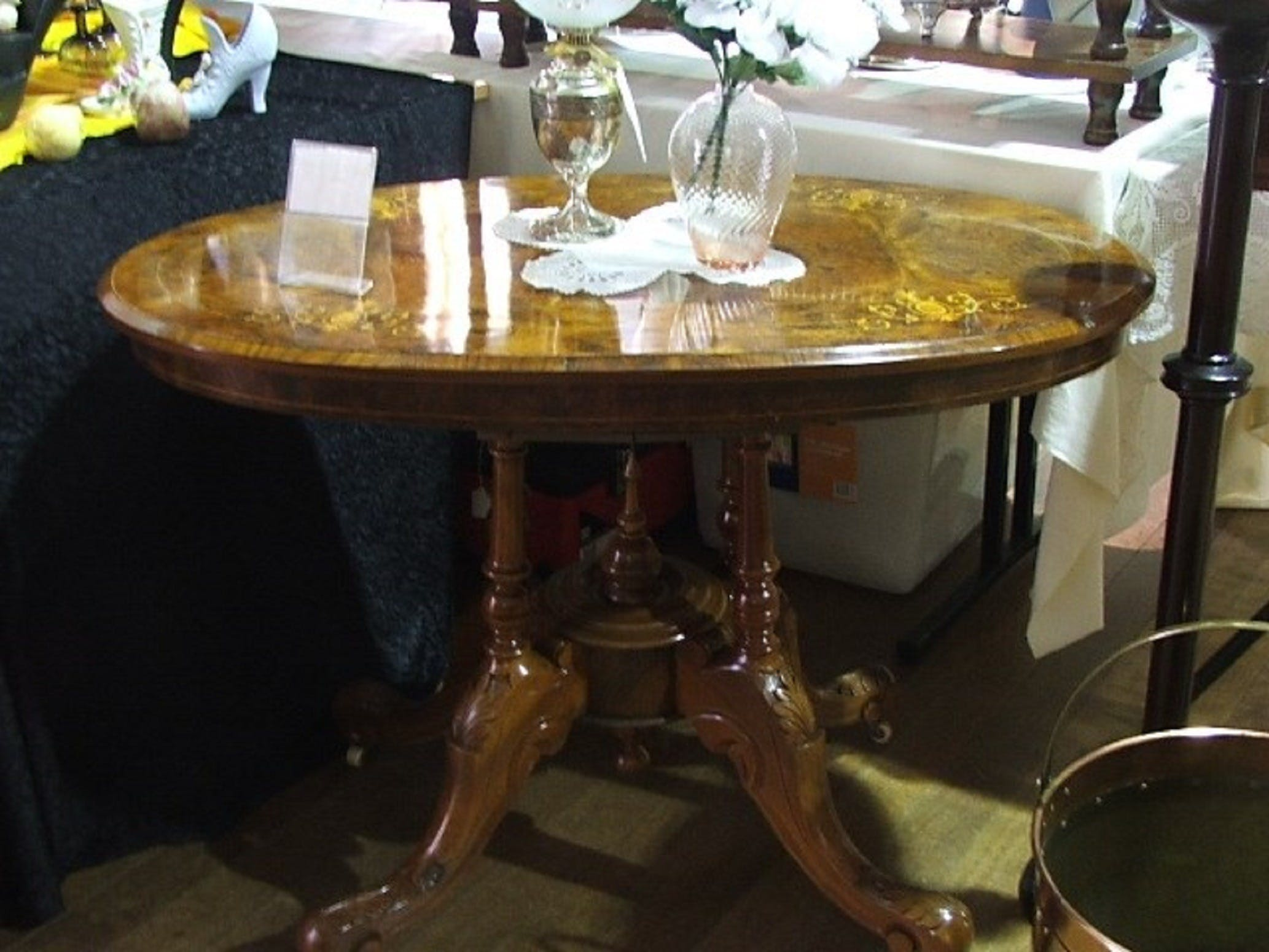 Berry Antiques and Collectables Fair - Accommodation Brisbane