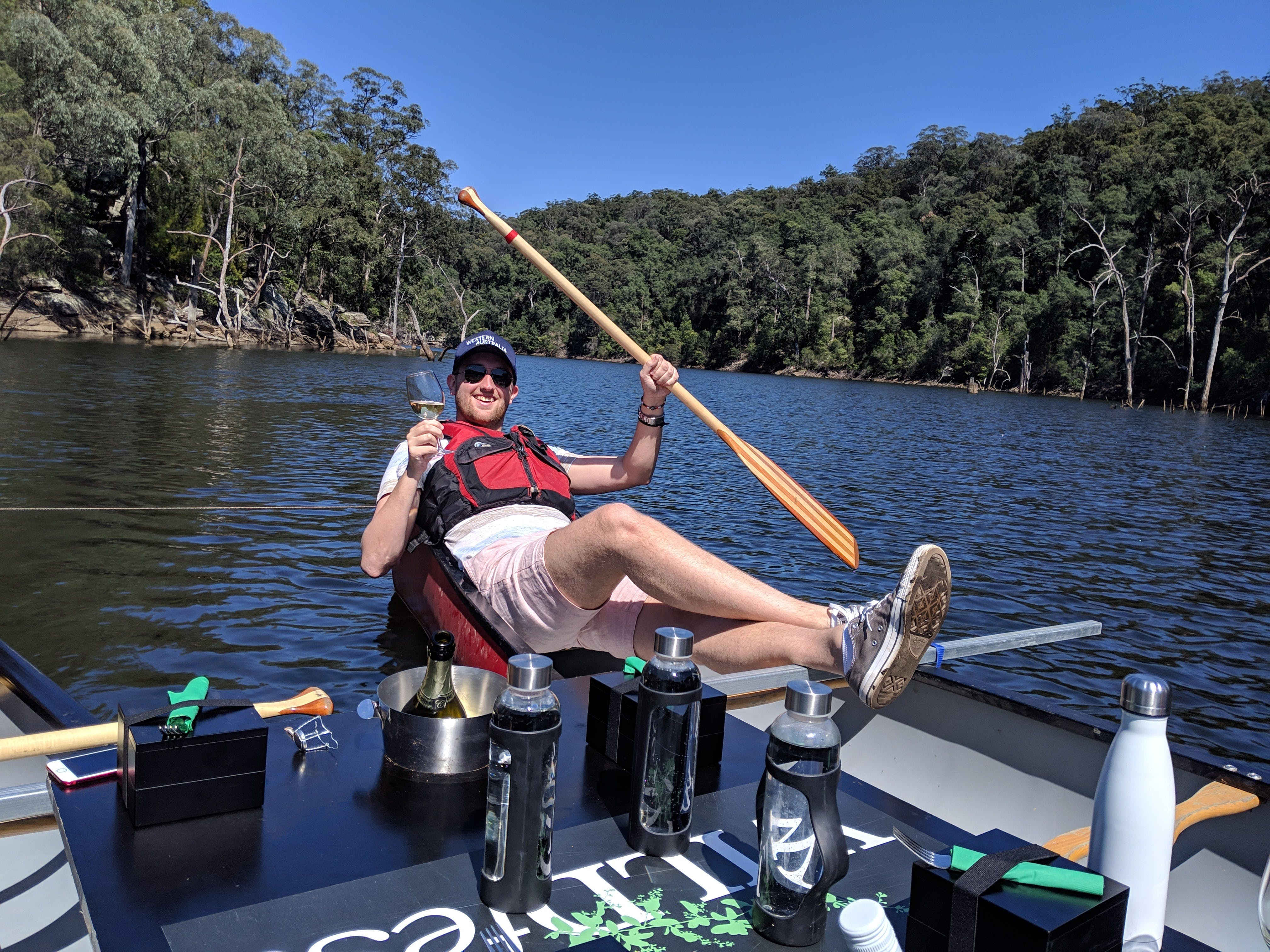 Canoes Champagne and Canaps - Accommodation Brisbane