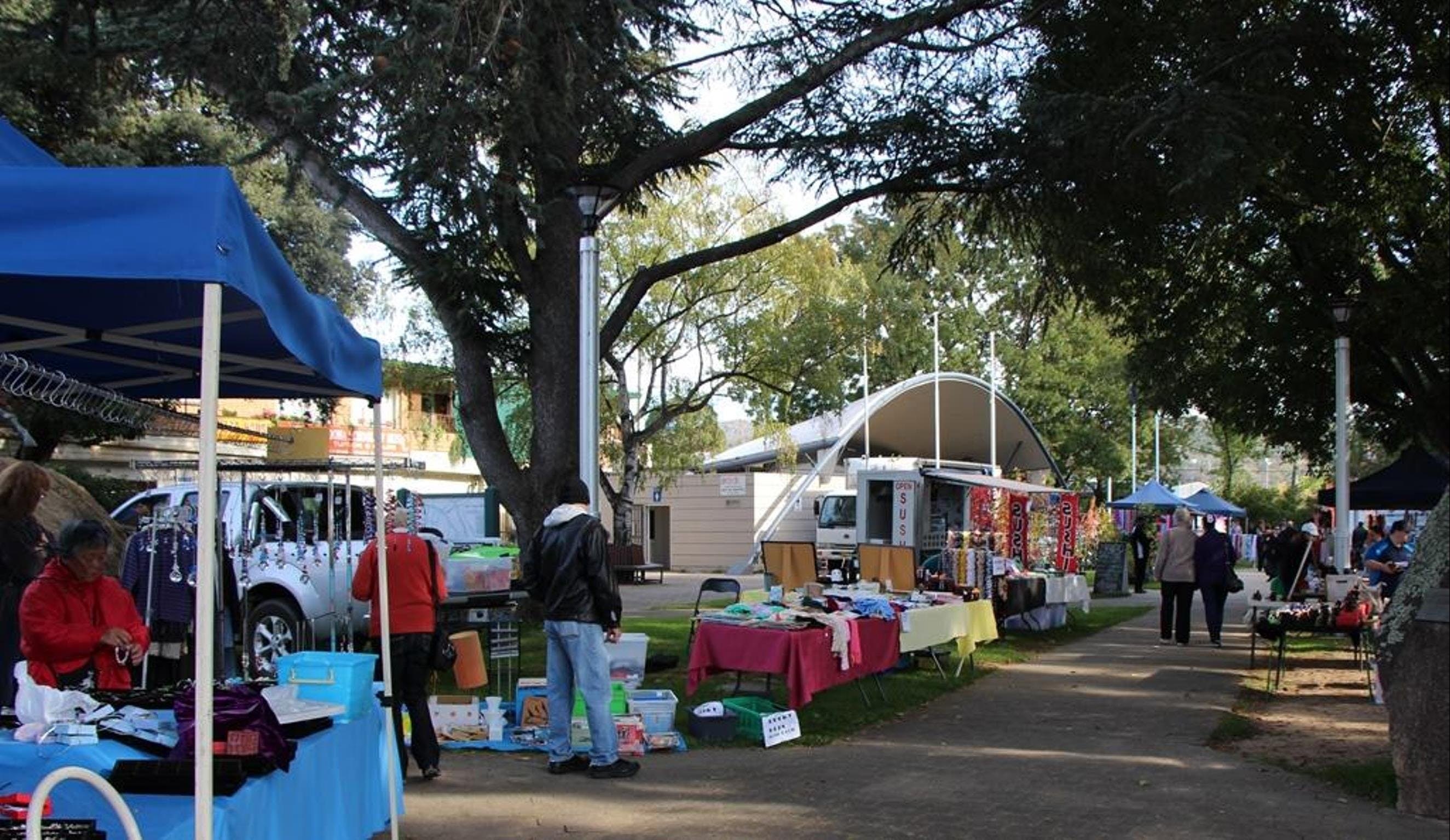 Cooma Rotary Markets - Accommodation Brisbane
