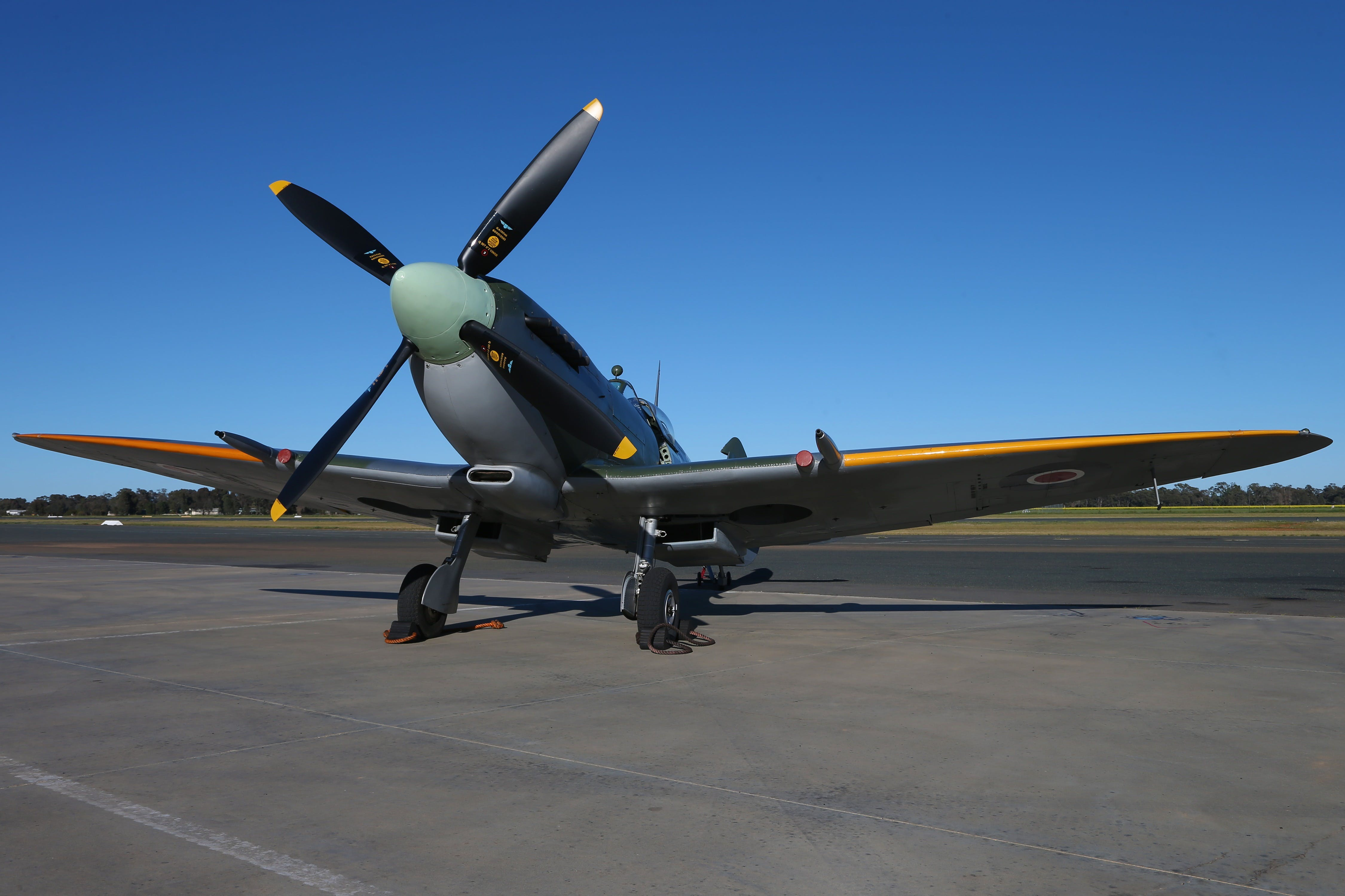 October Weekend Aircraft Showcase - Accommodation Brisbane