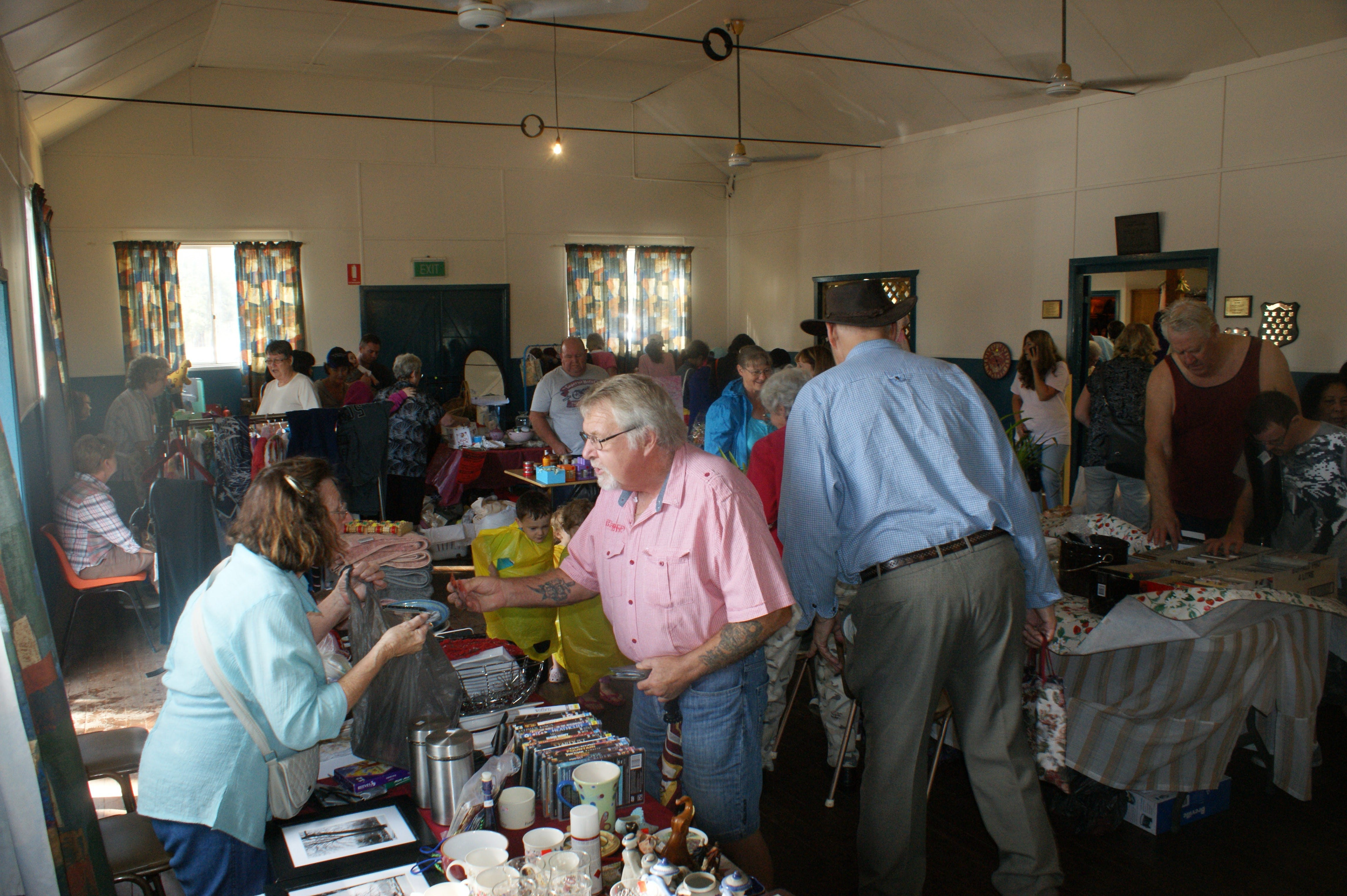 Twilight Markets at East Kurrajong - Accommodation Brisbane