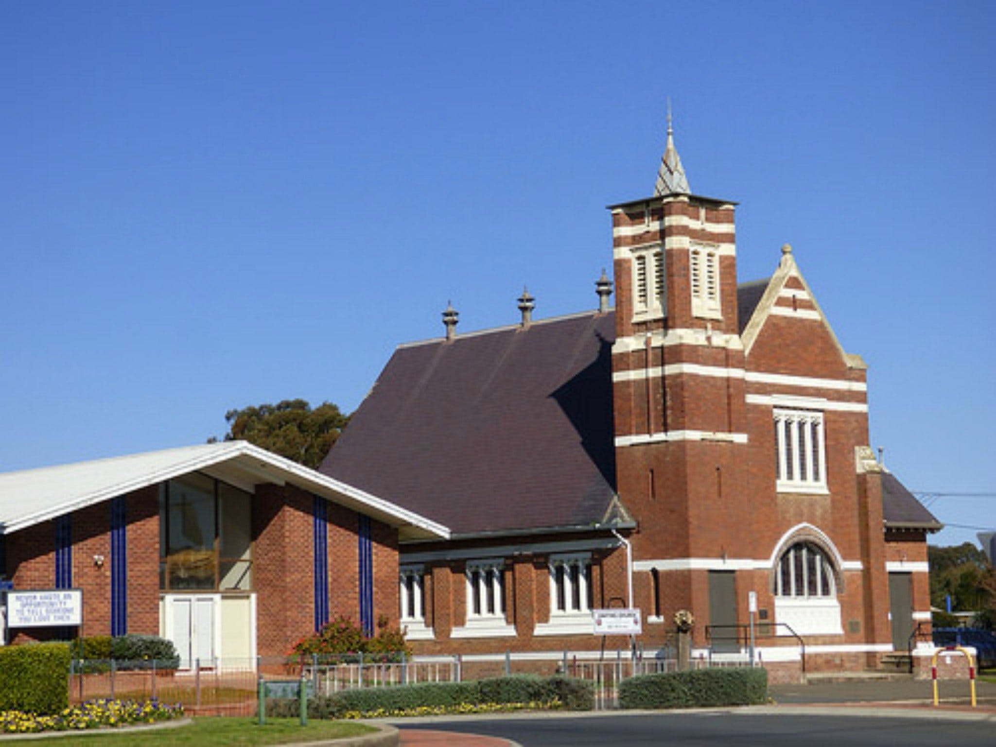 Uniting Church Monthly Markets - Accommodation Brisbane
