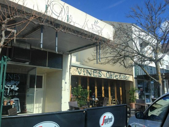 Vines Cafe  Bar - Accommodation Brisbane