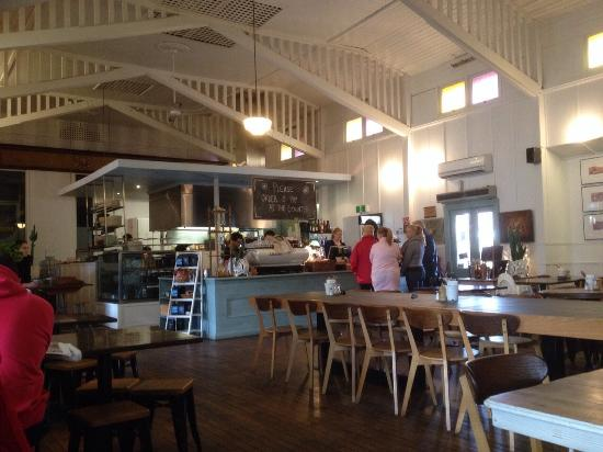 The Cove Dining Co - Accommodation Brisbane