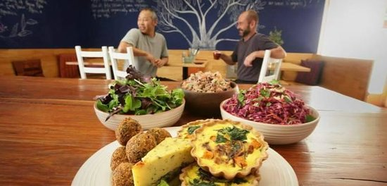 Organic Feast Wholefoods Cafe - Accommodation Brisbane