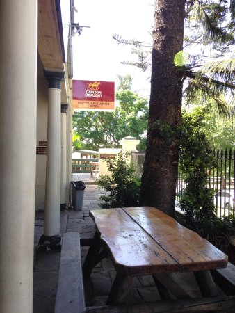 Macquarie Arms Hotel - Accommodation Brisbane