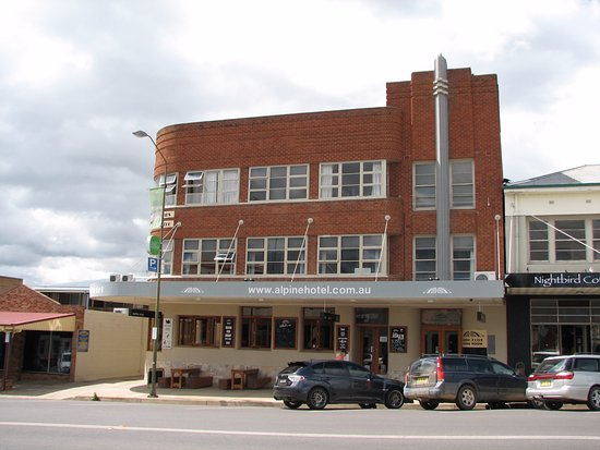 The Alpine Hotel Restaurant Cooma - Accommodation Brisbane