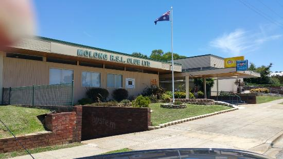 Molong R.S.L - Accommodation Brisbane