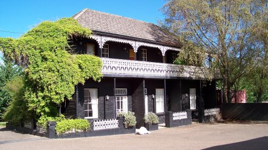 Top Pub Uralla - Accommodation Brisbane