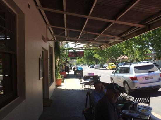 Cafe on Louee - Accommodation Brisbane