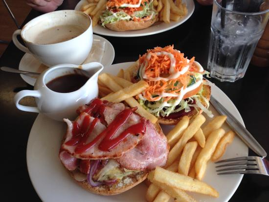 The Java Hut - Accommodation Brisbane