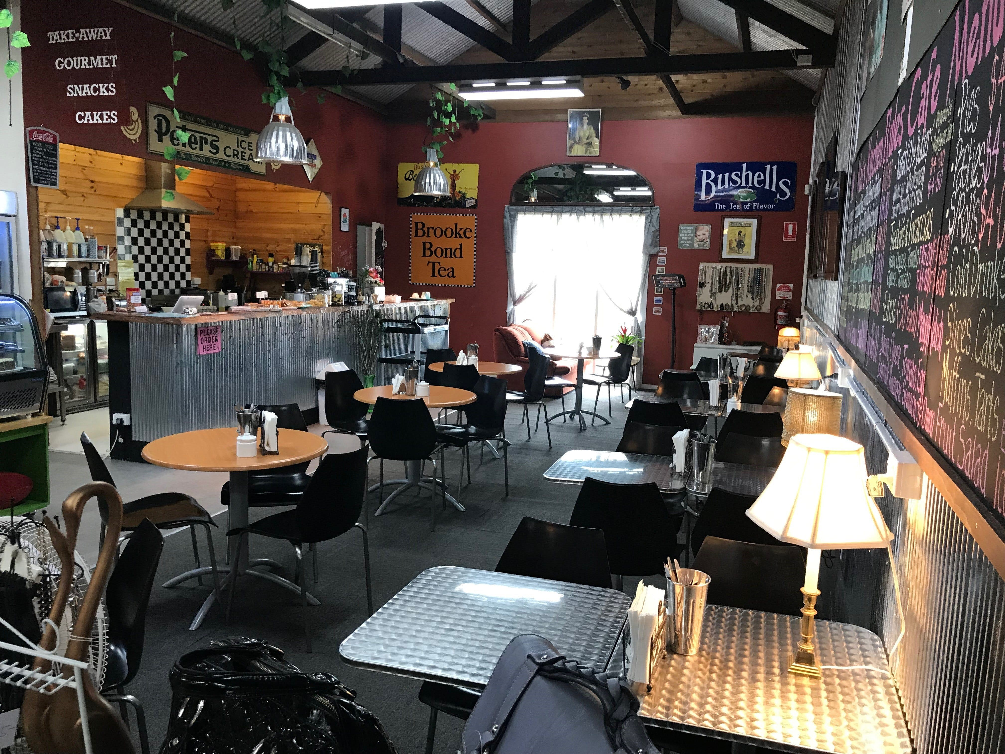 Mai's Kitchen Rules Cafe - Accommodation Brisbane