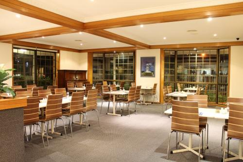 Seafarer Restaurant - Accommodation Brisbane
