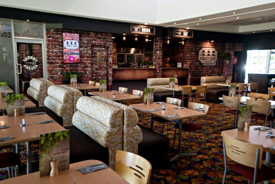 Dineon Restaurant - Accommodation Brisbane