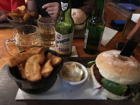 Peppers Cradle Mountain Lodge Tavern Bar  Bistro - Accommodation Brisbane