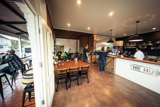 The Hub - Pizza and Beer - Accommodation Brisbane