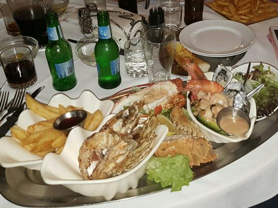Ashmore Seafood and Steakhouse - Accommodation Brisbane