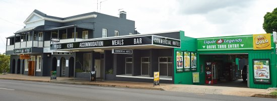 Commercial Hotel Day Dawn Restaurant - Accommodation Brisbane
