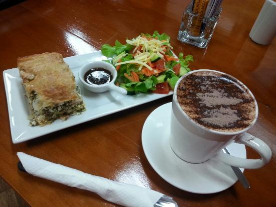 Killing Time with Coffee - Accommodation Brisbane