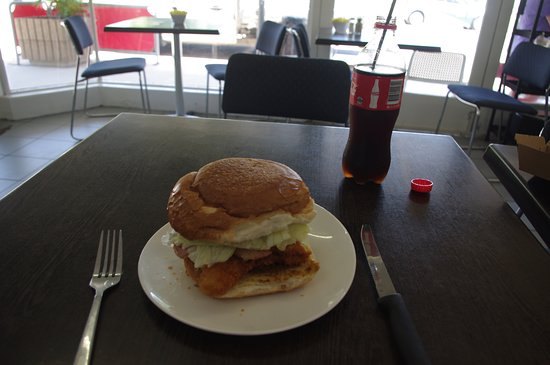 Giru Cafe - Accommodation Brisbane