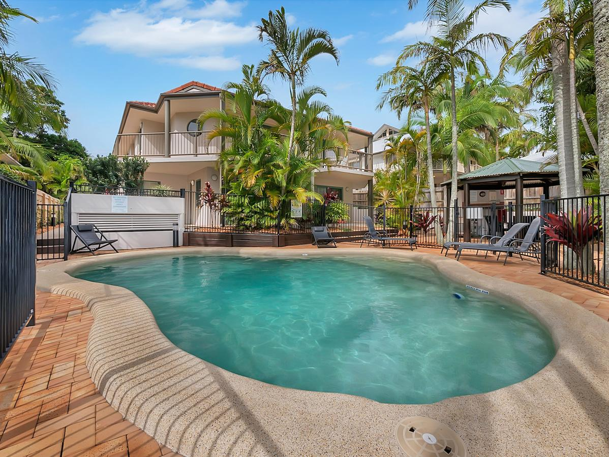 Cossies by the Sea - Accommodation Brisbane