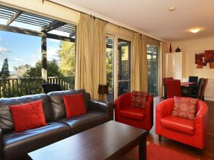 Villa Cypress located within Cypress Lakes - Accommodation Brisbane
