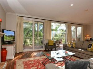 Villa Chianti located within Cypress Lakes - Accommodation Brisbane