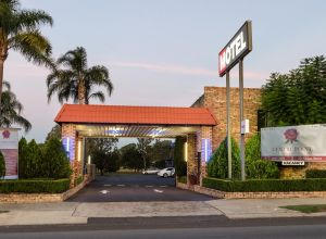 Centrepoint Midcity Motor Inn - Accommodation Brisbane