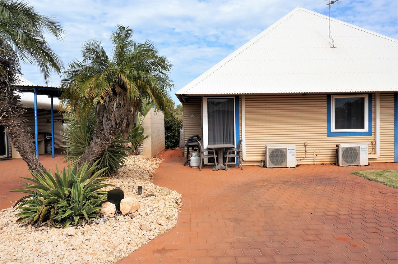 Osprey Holiday Village Unit 213/1 Bedroom - Spa bath king size bed perfect for any couple - Accommodation Brisbane