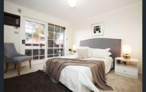 The Gallery Hours - Accommodation Brisbane