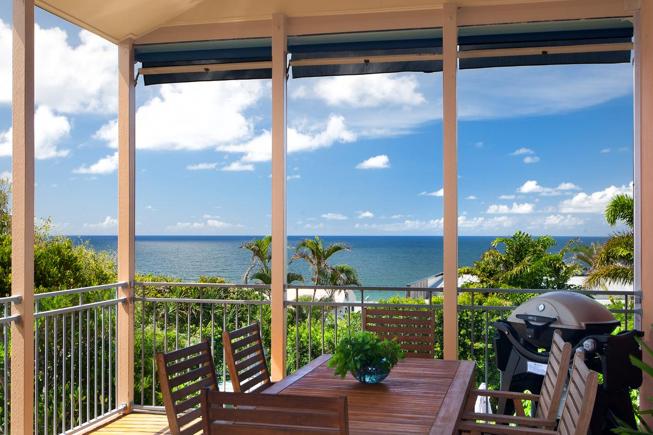 Jolly Roger's Beach House - Accommodation Brisbane